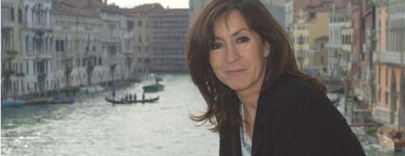 Rosa Martínez: 'Cómo una chica de Soria llega a ser la primera mujer directora de la Bienal Internacional de Arte de Venecia en 110 años de historia'